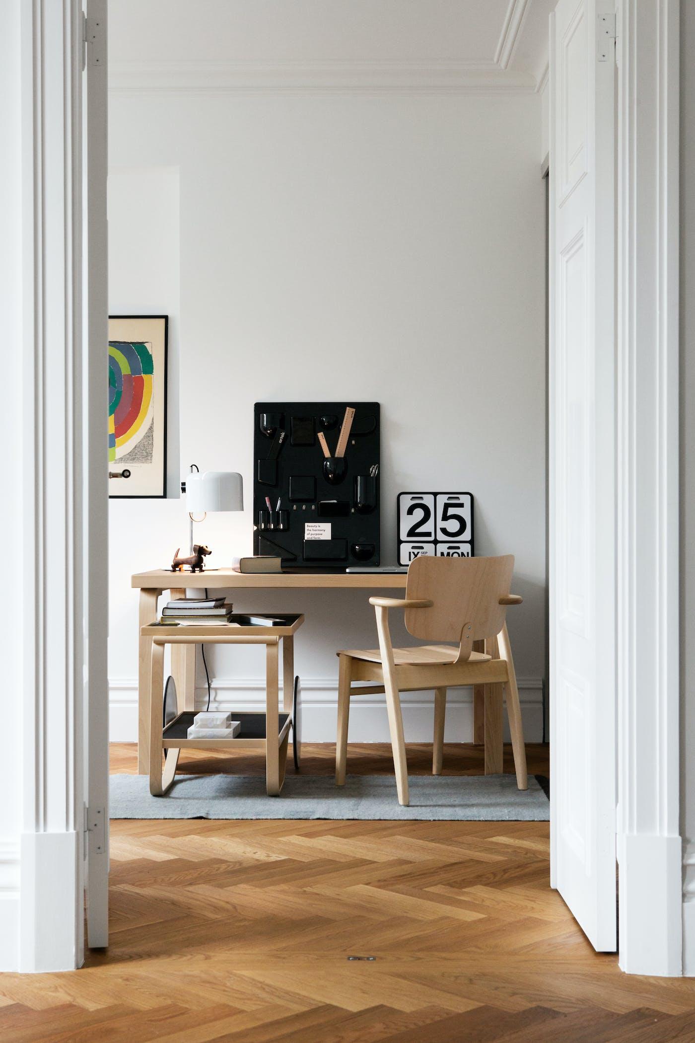 1835176 Aalto Table rectangular 80 A Domus Chair Tea Trolley 901 master