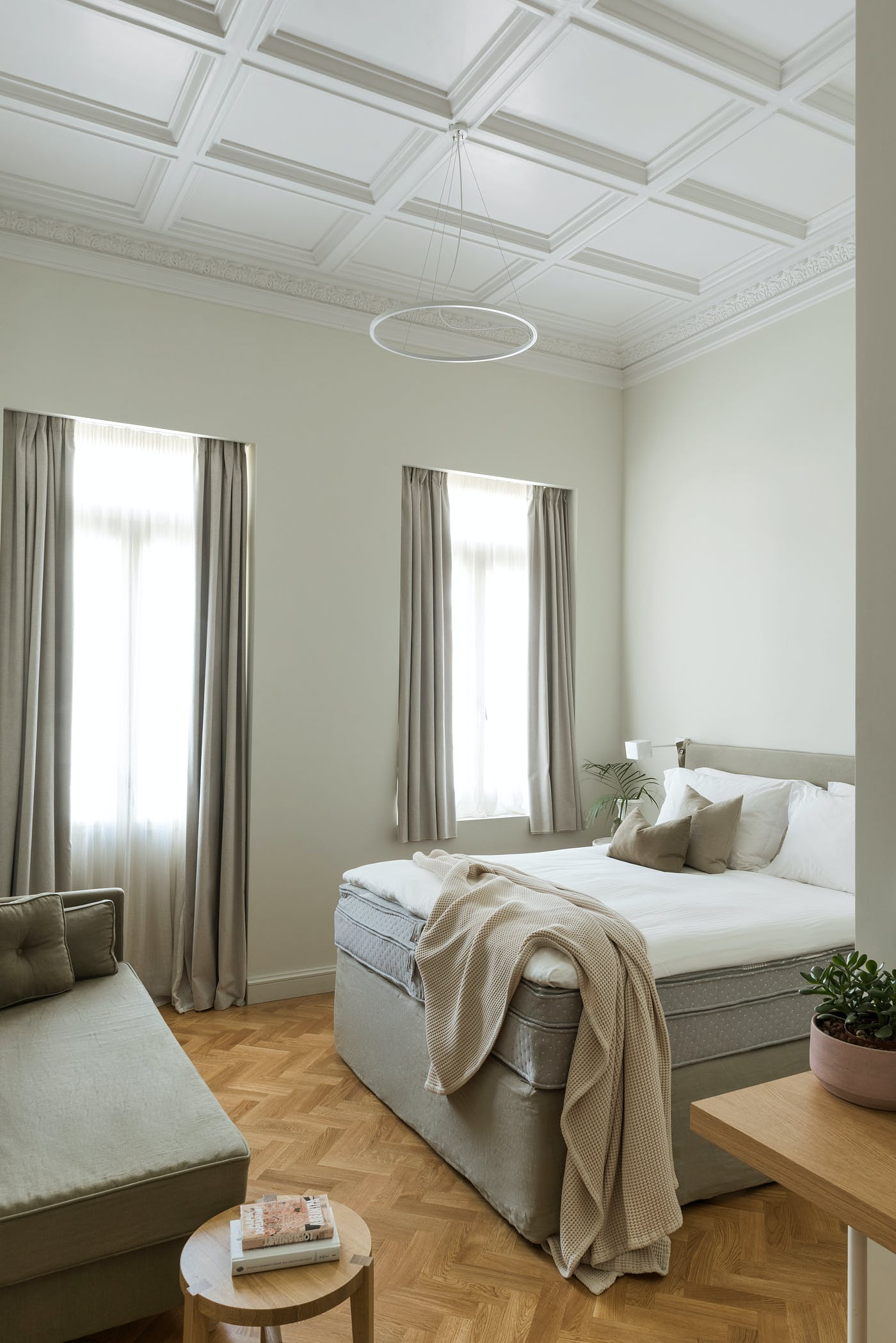 Coco Mat bed with Epicurus mattress styled