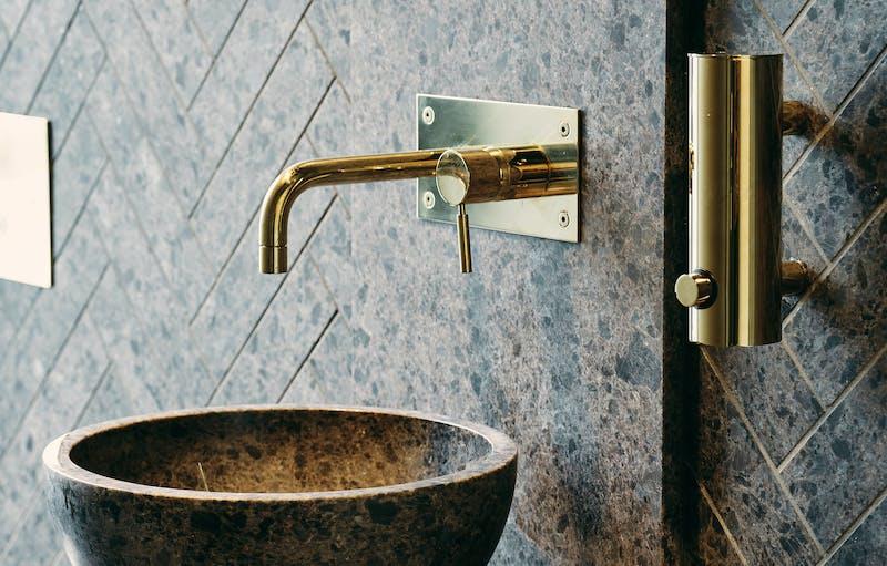 Lundhs Antique fliser og vask