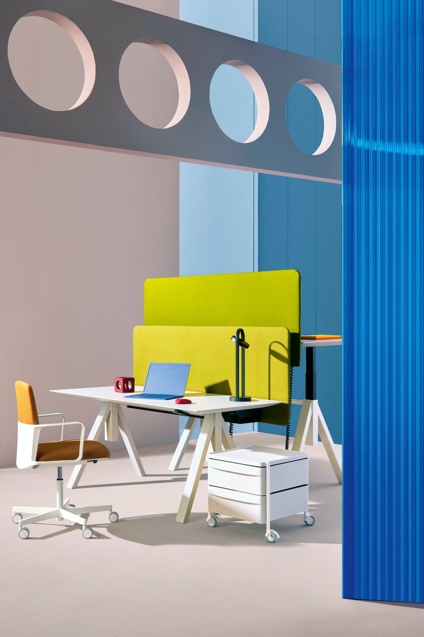Pedrali Arki Table adj Desk art direction Studio FM photo Andrea Garuti 3