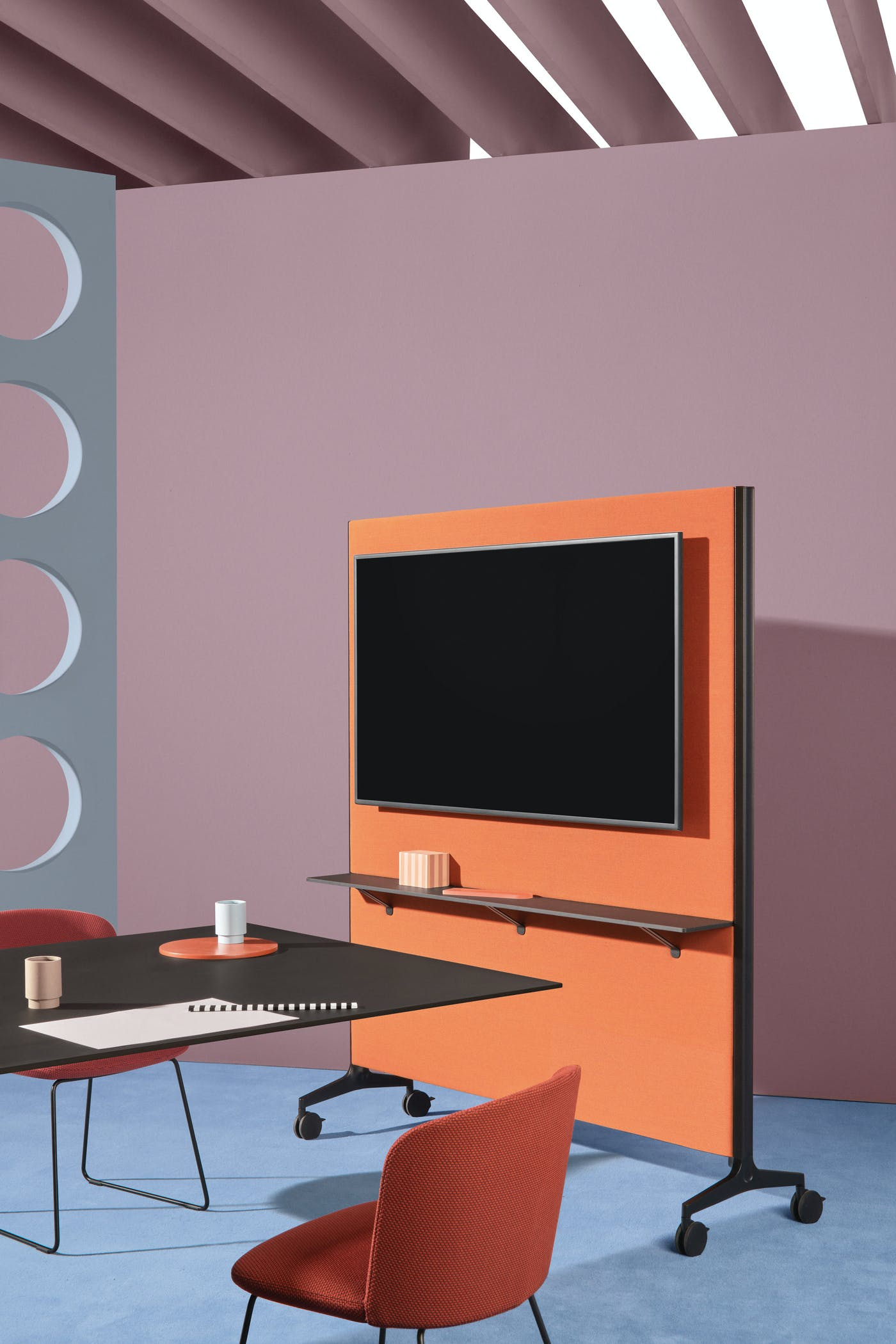 Pedrali Ypsilon Connect designed by Jorge Pensi art direction Studio FM photo Andrea Garuti 3