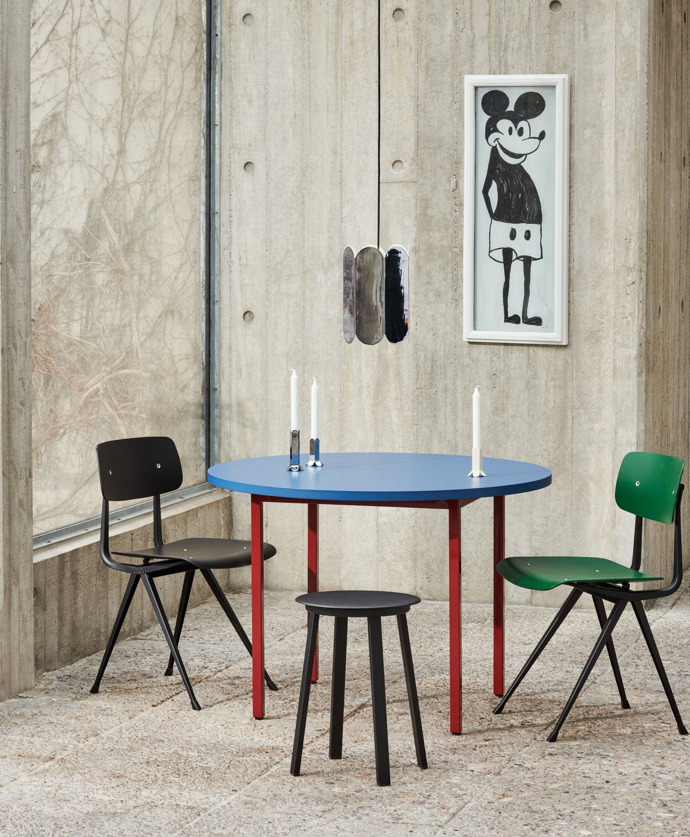 Two Colour dia105 blue wb lacquer valchromat tabletop maroon red powder coated steel Arcs Shade mirror 1